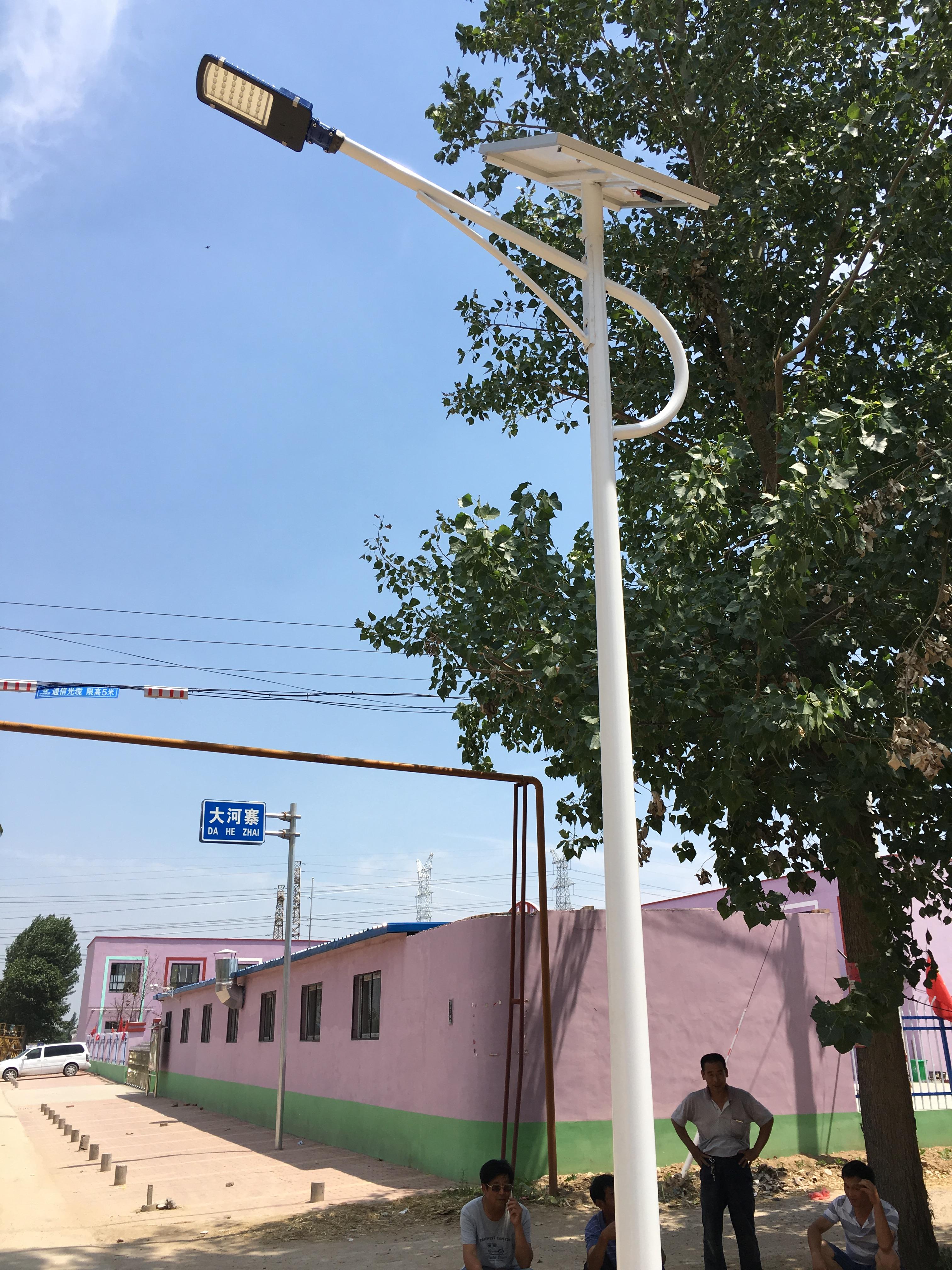 河南濮阳太阳能路灯案例